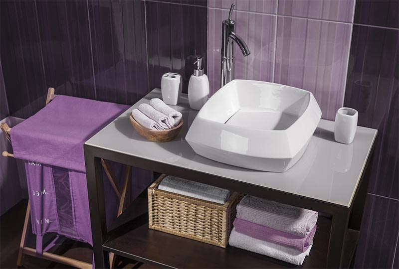 Ready to Remodel the Bathroom in Your Michigan Home? Take a Look at These Tips!