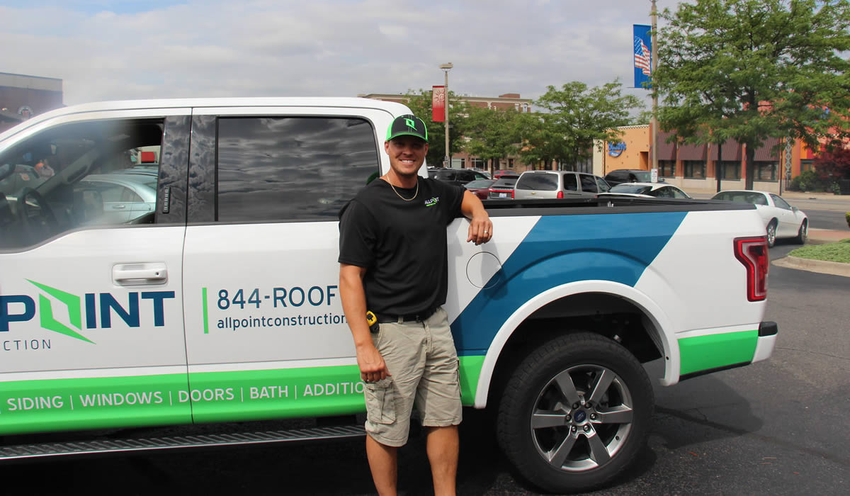 Roofing Contractors in Dearborn Michigan